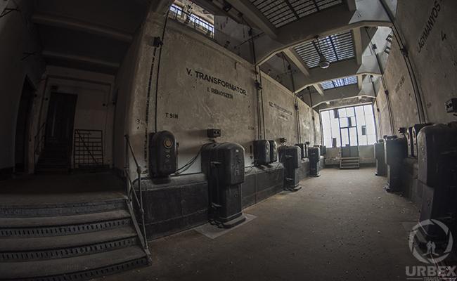 Urbanexploration of Abandoned Power Plant in Budapest Kelenfold