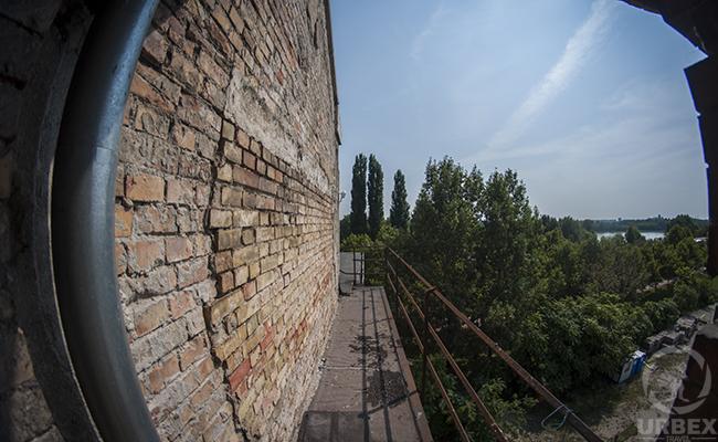 Balcony in Abandoned Kelenföld Power Plant