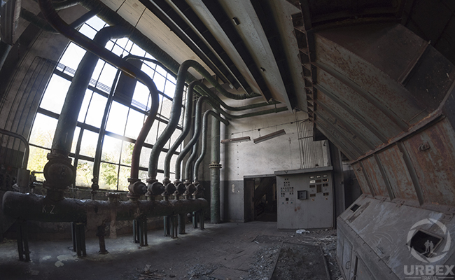 abandoned boiler room urbex in Poland