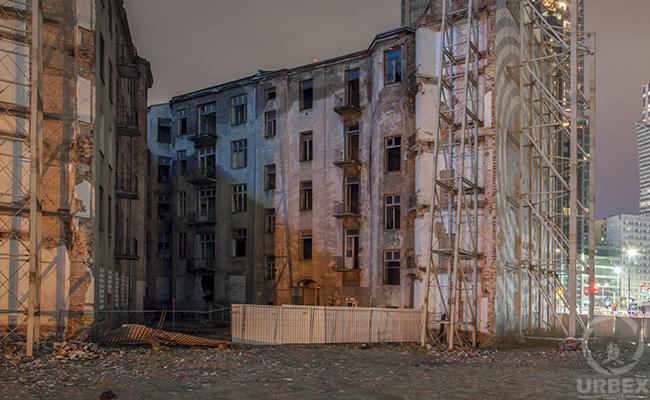 abandoned Lejb Osnoz's tenement house