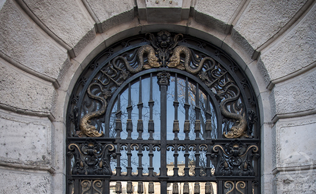 adria palace gate in budapest