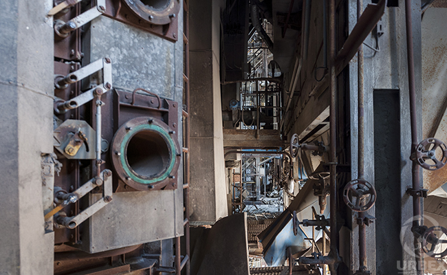 Urbex rusty device in an abandoned power plant