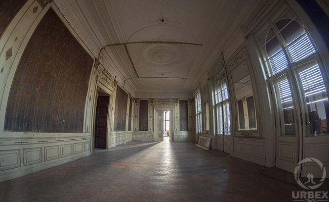 abandoned Adria palace in Budapest