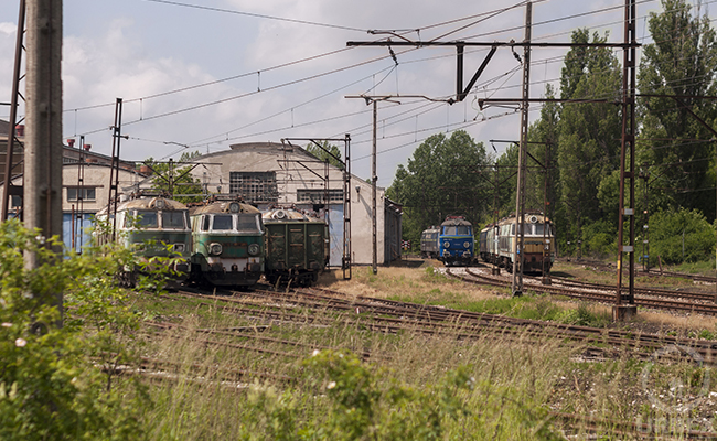 Trains in Warsaw