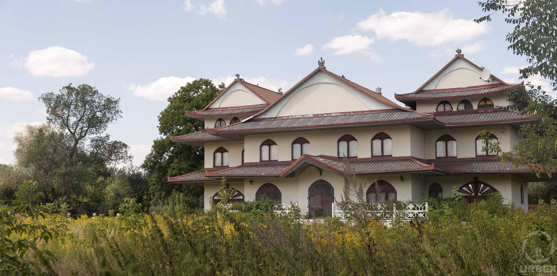 Abandoned Chinese House