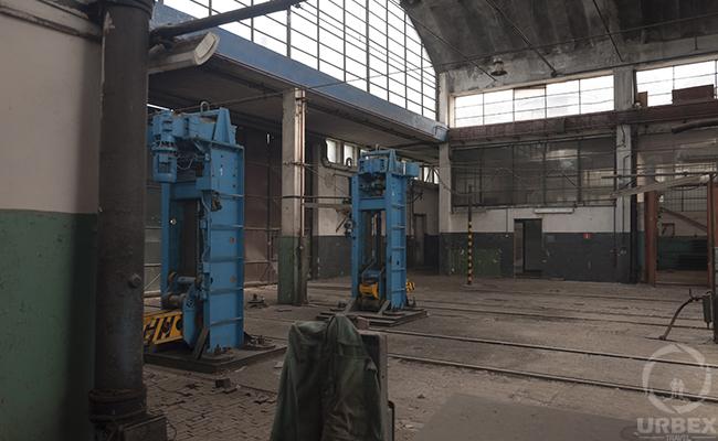 abandoned railway machines