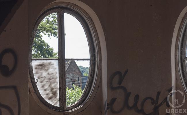 window on urbex photography