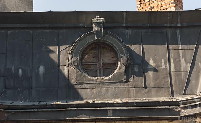 brocken window of forgotten palace in poland
