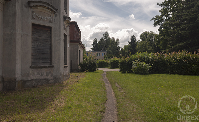 palace garden bratoszewice