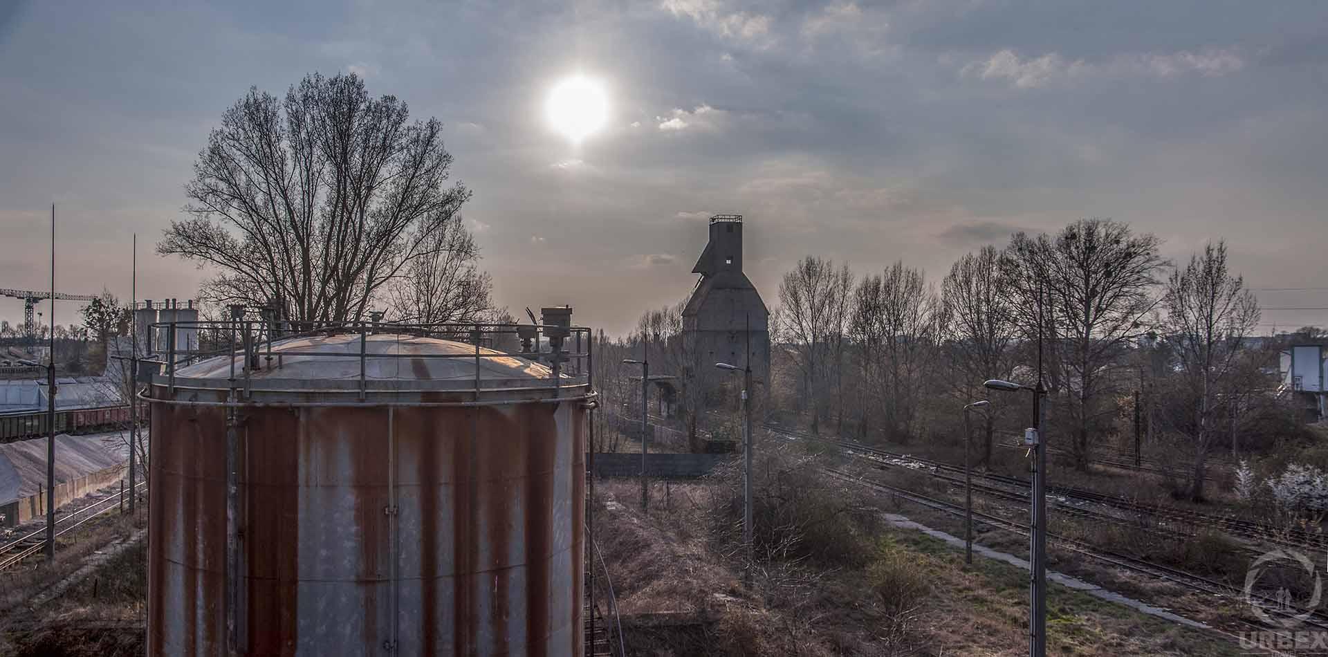 abandoned railway in warsaw