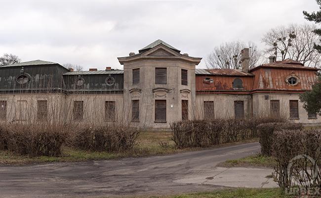 abandoned palace in europe