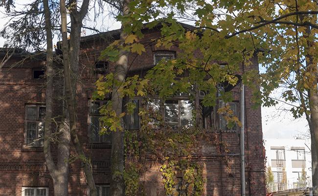 abandoned house near pollena aroma