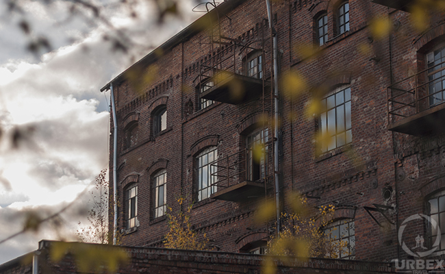 autumn urbex photography