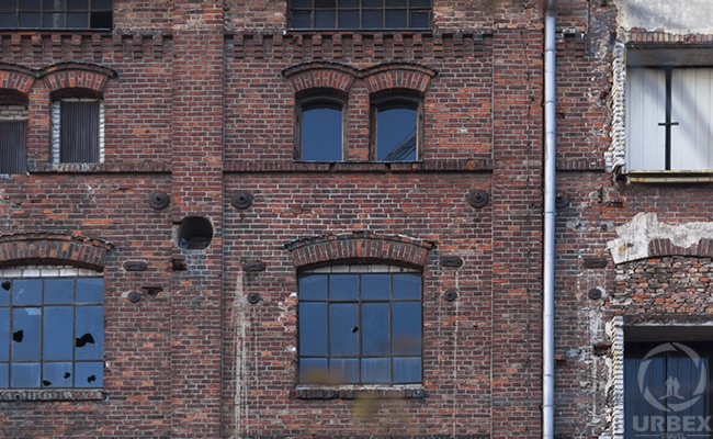 indusrtial brick building