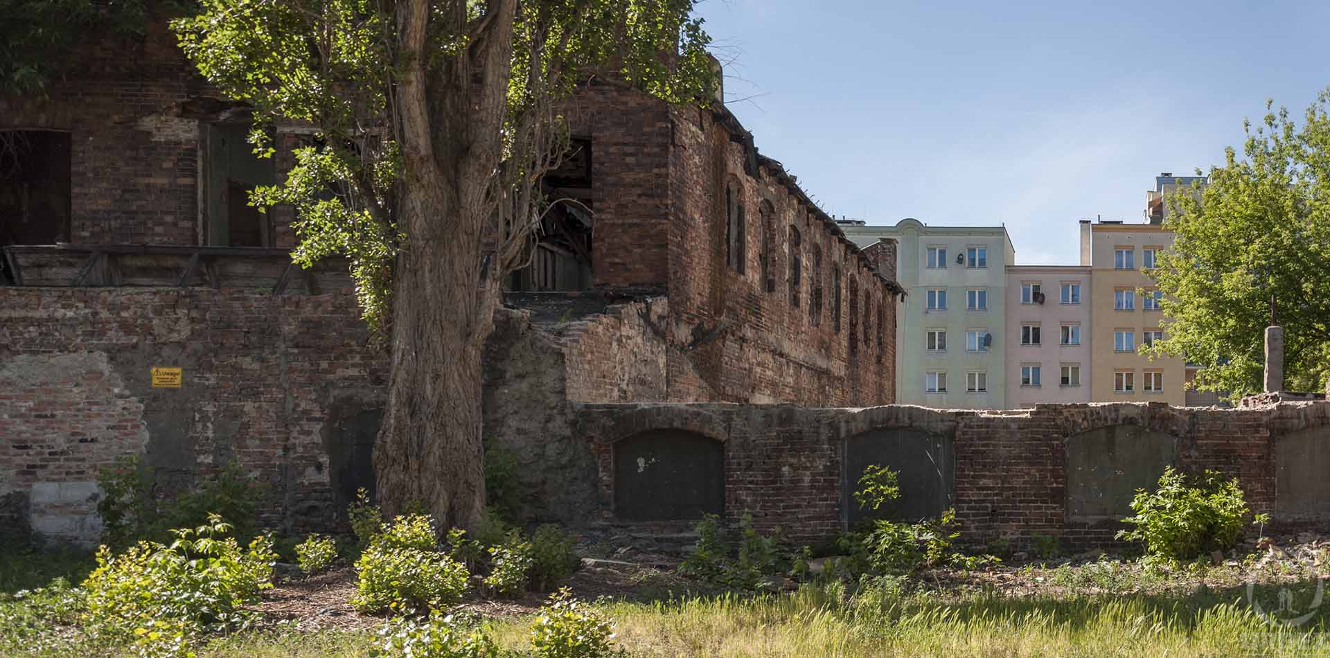 haunted abandoned strongbox factory in prague, warsaw
