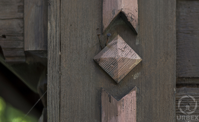 wooden details in an abandoned house