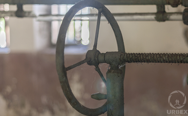 rusty device on urbex in Europe