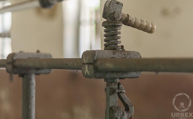 a rusty machine on rurex