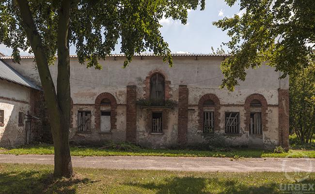abandond building near me