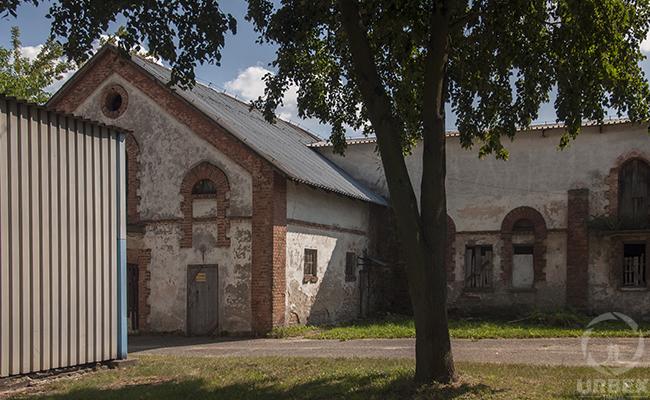 abandoned buildings near me