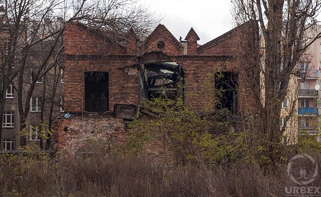 abandoned brick building dumbo brooklyn new york