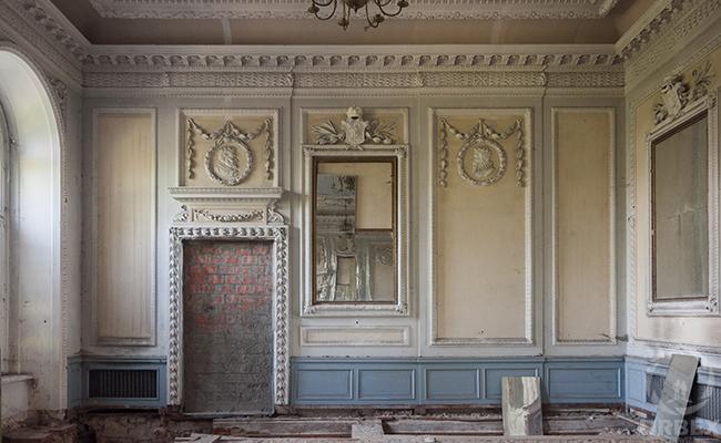 Johnson & Johnson palace lost chateau