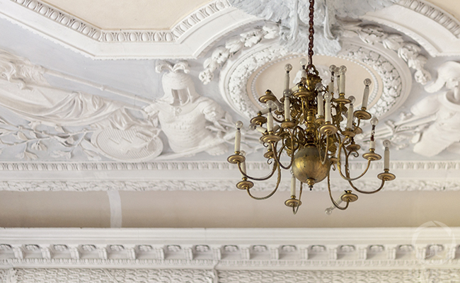molding and chandelier