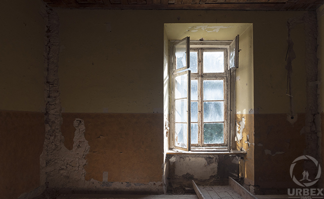 room in a haunted castle