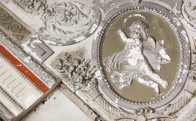 white baroque andel