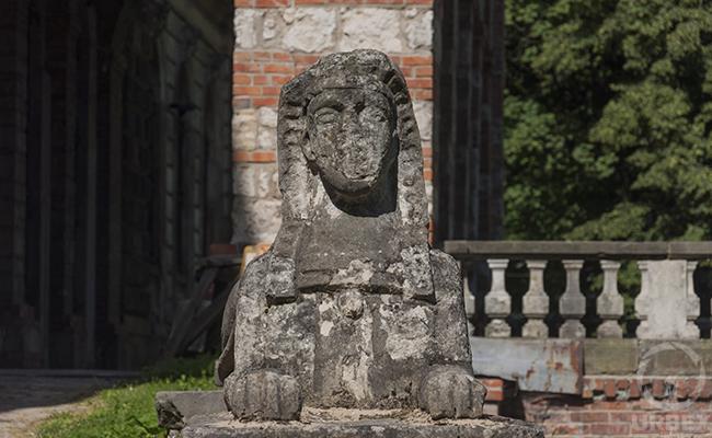 sphinx on urbex