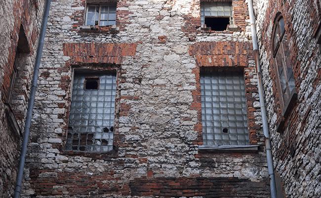 courtyard of abandoned palace