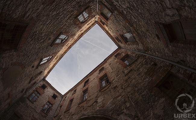 chateau well