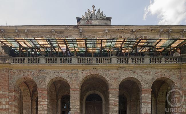 itailian palace