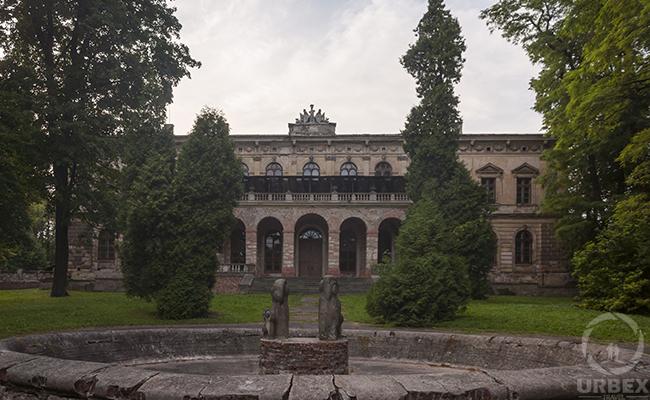 Barbara Piasecka Johnson Castle in Pilica