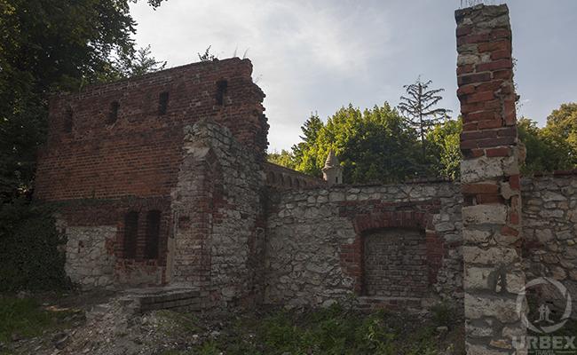 brick ruins in Pilica