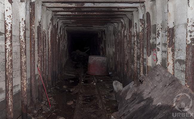 abandoned mine shafts minecraft