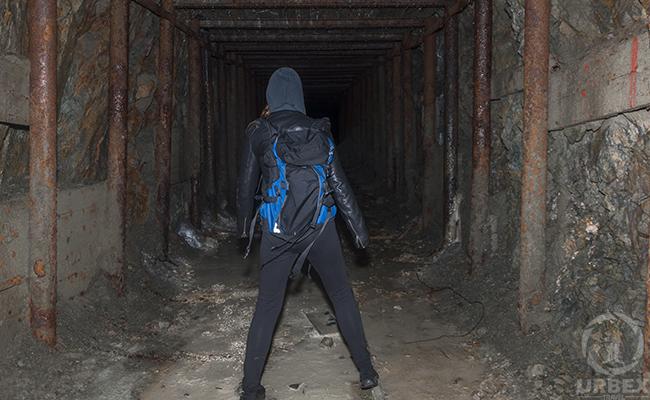 abandoned mine escape walkthrough