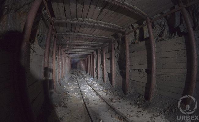 minecraft abandoned mine shafts